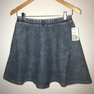 brand new forever 21 denim skirt size M